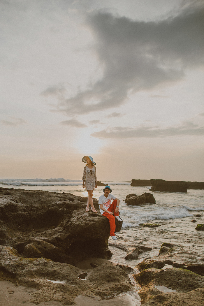 Apelphotography-preweddinginbali-baliweddingphotography-pandeheryana-engagement-baliphoto-topbaliweddingphotography_22