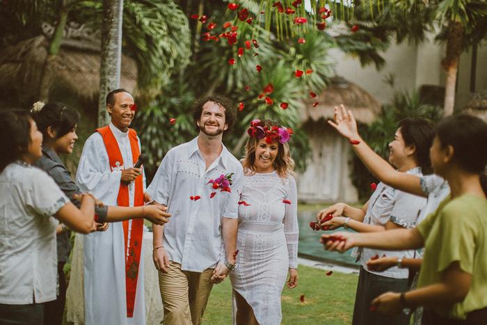 baliwedding-baliphotographers-baliweddingphotography-lombokweddingphotography-lembonganwedding-bestweddingphotographersinbali-apelphotography-pandeheryana_53