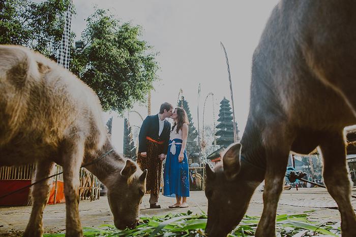 lombokweddingphotography-baliweddingphotography-topbaliphotographers-engagement-postwedding-photographersinbali-baliweddingphoto-photography-apelphotography-pandeheryana_21