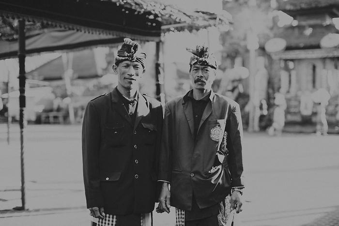 lombokweddingphotography-baliweddingphotography-topbaliphotographers-engagement-postwedding-photographersinbali-baliweddingphoto-photography-apelphotography-pandeheryana_27_