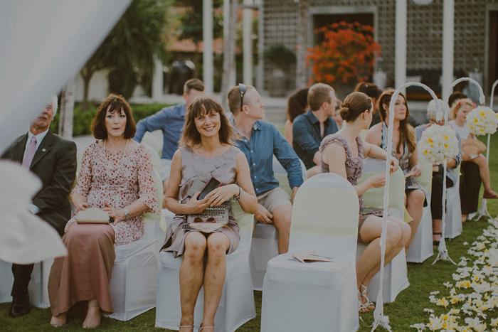Pandeheryana_baliweddingphotography-baliwedding-photographersinbali-weddingatJeevaSaba-lombokweddingphoto-lembonganweddingphoto-nusapenida-bestweddingphotographers_46