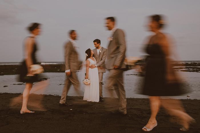 Pandeheryana_baliweddingphotography-baliwedding-photographersinbali-weddingatJeevaSaba-lombokweddingphoto-lembonganweddingphoto-nusapenida-bestweddingphotographers_96