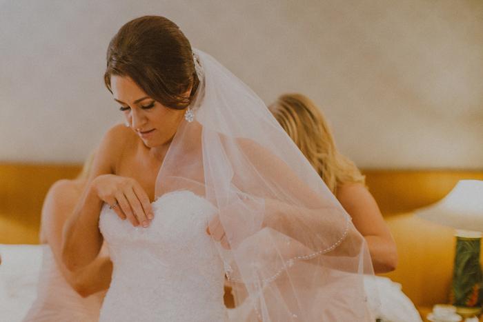apelphotography-astonbaliwedding-weddingphotographers-baliweddingphotography-destinationwedding-lembonganwedding-lombokweddingphoto-bestweddingphotographersinbali-pandeheryana_37