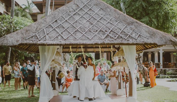 apelphotography-astonbaliwedding-weddingphotographers-baliweddingphotography-destinationwedding-lembonganwedding-lombokweddingphoto-bestweddingphotographersinbali-pandeheryana_46