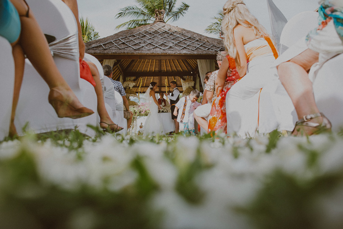 apelphotography-astonbaliwedding-weddingphotographers-baliweddingphotography-destinationwedding-lembonganwedding-lombokweddingphoto-bestweddingphotographersinbali-pandeheryana_49