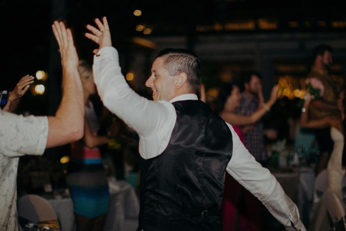 apelphotography-astonbaliwedding-weddingphotographers-baliweddingphotography-destinationwedding-lembonganwedding-lombokweddingphoto-bestweddingphotographersinbali-pandeheryana_97