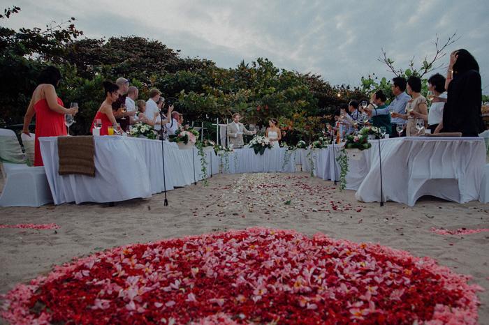 baliweddingphotography-kayumanisnusaduawedding-apelphotography-lembonganwedding-lombokweddingphotography-pandeheryana-bestweddingphotographers_105