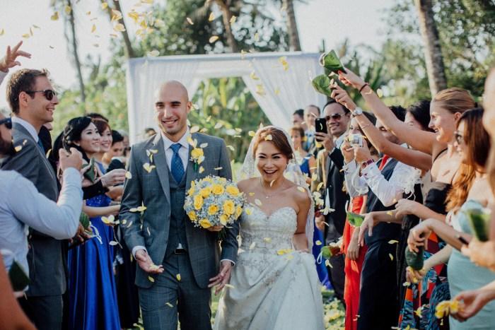 Baliweddingphotographers-arikavillaweddingcanggu-baliwedding-pandeheryana-destinationwedding-65