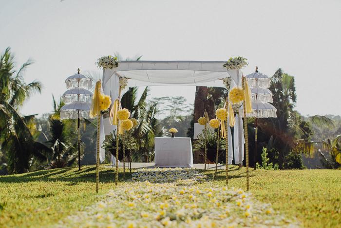 Allilaubudwedding-allilawedding-baliweddingphotographers-preweddinginbali-lombokphotograhpers-lembonganweddingphotography-pandeheryana-bestweddingphotographers27