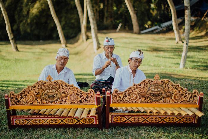 Allilaubudwedding-allilawedding-baliweddingphotographers-preweddinginbali-lombokphotograhpers-lembonganweddingphotography-pandeheryana-bestweddingphotographers29