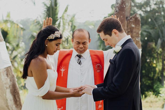 Allilaubudwedding-allilawedding-baliweddingphotographers-preweddinginbali-lombokphotograhpers-lembonganweddingphotography-pandeheryana-bestweddingphotographers41