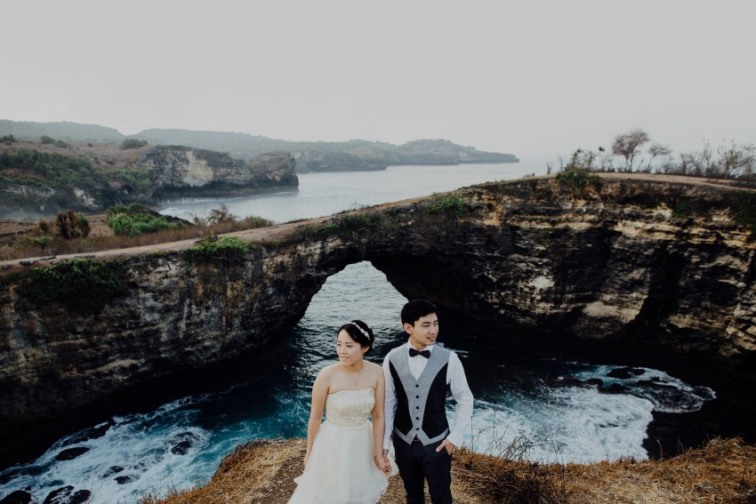 baliweddingphotography-preweddinginnusapenidaisland-lembonganprewedding-lombokweddingphotography-pandeheryana-bestweddingphotography_nusapenidaprewedding-nusapenidahotels-16