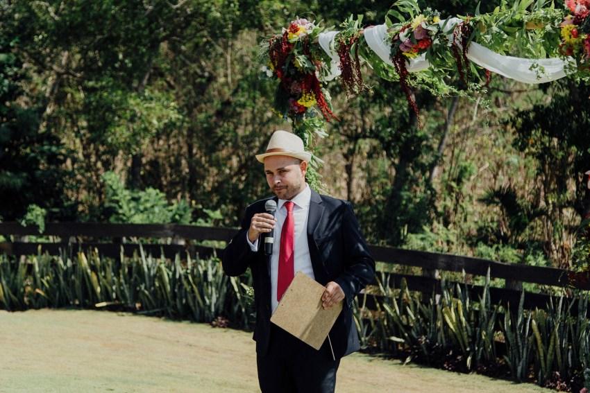 ApelPhotographyh-baliweddingphotographers-uluwatusurfvillaswedding-pandeheryana-bestweddingphotograhpers-baliphotography-nanouandguiwedding-lombokweddingphotography-42