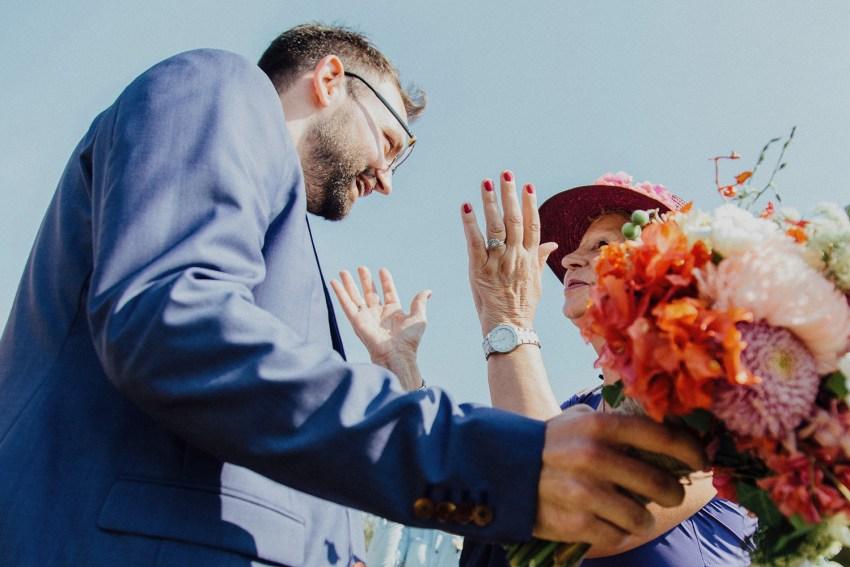 ApelPhotographyh-baliweddingphotographers-uluwatusurfvillaswedding-pandeheryana-bestweddingphotograhpers-baliphotography-nanouandguiwedding-lombokweddingphotography-66