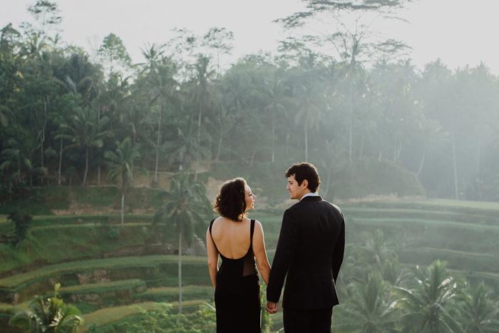 baliweddingphotographers-pandeheryana-bestbaliphotographers-weddinginbali-preweddinginbali-engagementphotography-vscofilmpreset-lombokweddingphotography_21