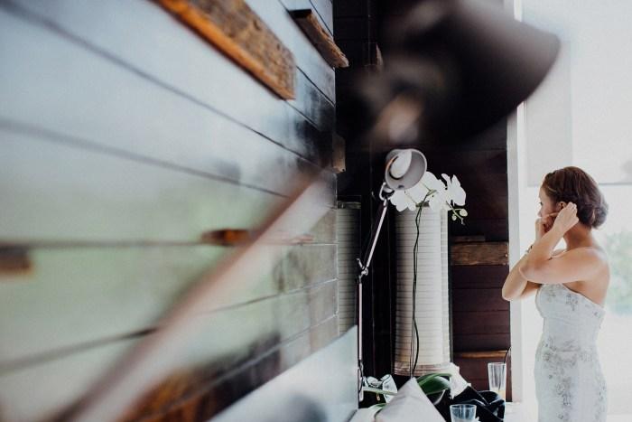 baliweddingphotography-balibasedweddingphotographers-apelphotography-pandeheryana-alillauluwatuwedding-bestweddingphotographers--76