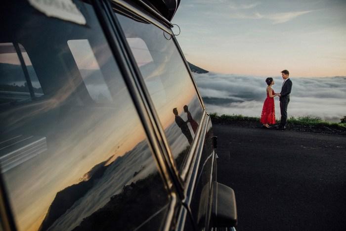 baliweddingphotography-balibasedweddingphotographers-apelphotography-pandeheryana-baturmountprewedding-bestweddingphotographers-16