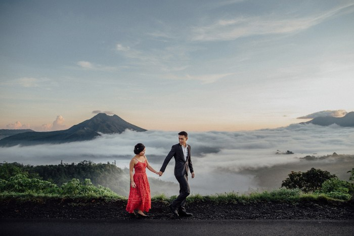 baliweddingphotography-balibasedweddingphotographers-apelphotography-pandeheryana-baturmountprewedding-bestweddingphotographers-3