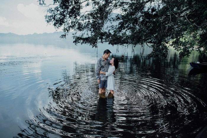 baliweddingphotography-balibasedweddingphotographers-apelphotography-pandeheryana-baturmountprewedding-bestweddingphotographers-52