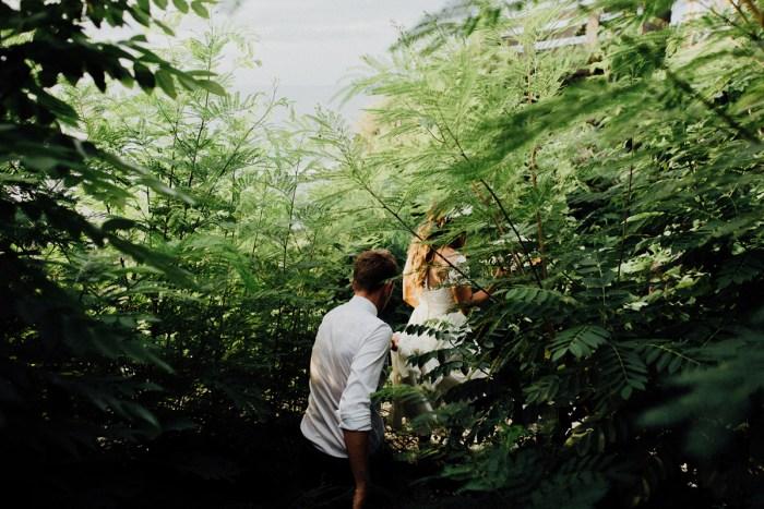 baliphotography-baliweddingphotographers-uluwatusurfvillawedding-lembonganwedding-lombokweddingphotography-pandeheryana_80