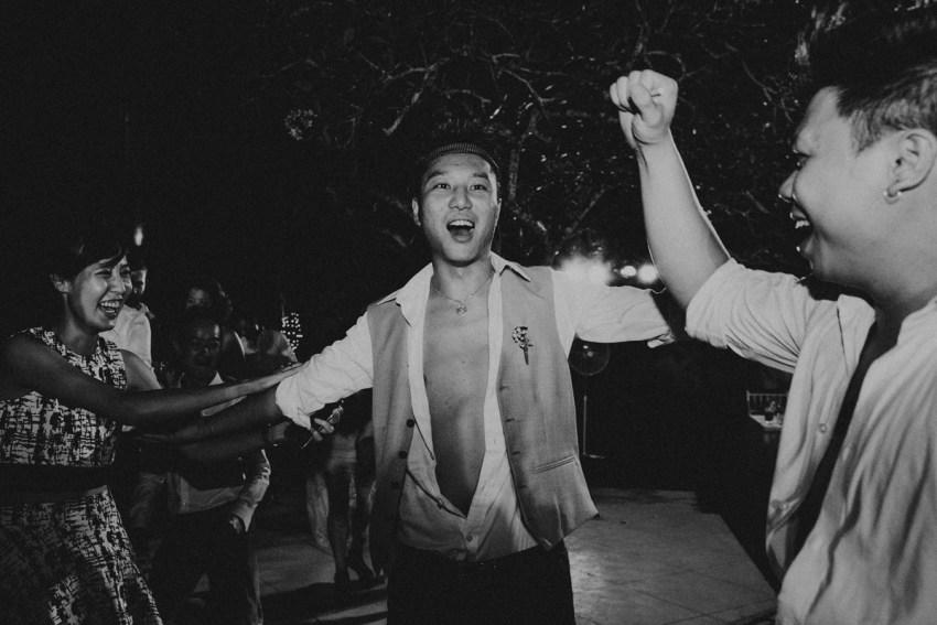 ApelPhotographyh-amanusavillaweddingamanusanusadua-weddingphotography-photographersinbali-lombokweddingphotographers-lembonganaweddingphotgraphers-104