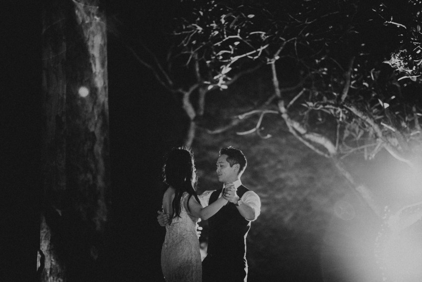 ApelPhotographyh-amanusavillaweddingamanusanusadua-weddingphotography-photographersinbali-lombokweddingphotographers-lembonganaweddingphotgraphers-94