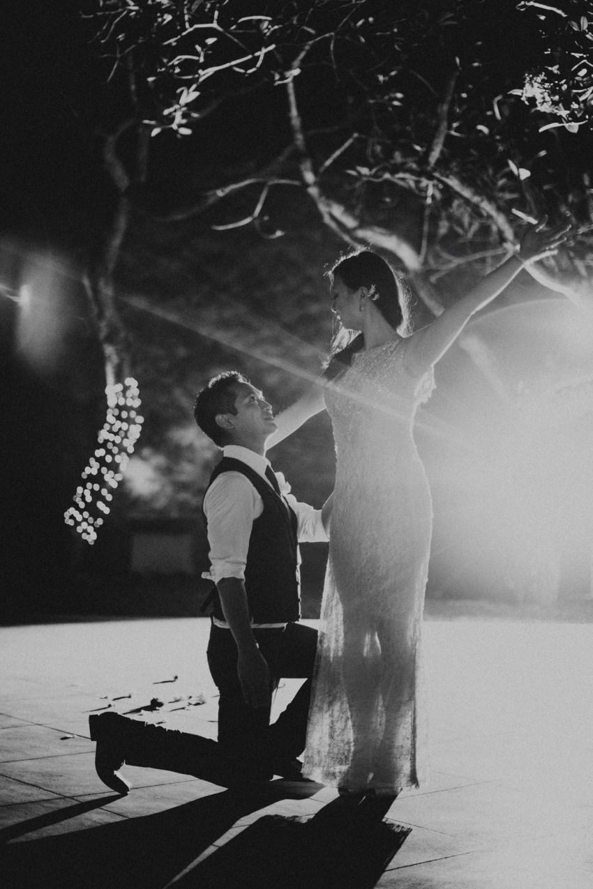 ApelPhotographyh-amanusavillaweddingamanusanusadua-weddingphotography-photographersinbali-lombokweddingphotographers-lembonganaweddingphotgraphers-95