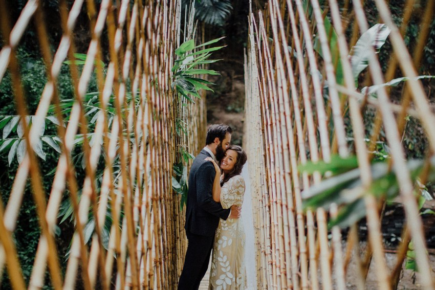 baliweddingphotographers-bambuindahresortubud-weddinginbali-weddingphotography-pandeheryana-bestweddingphotography-lombokweddingphoto-lembonganwedding-topweddingphotographersinbali-37