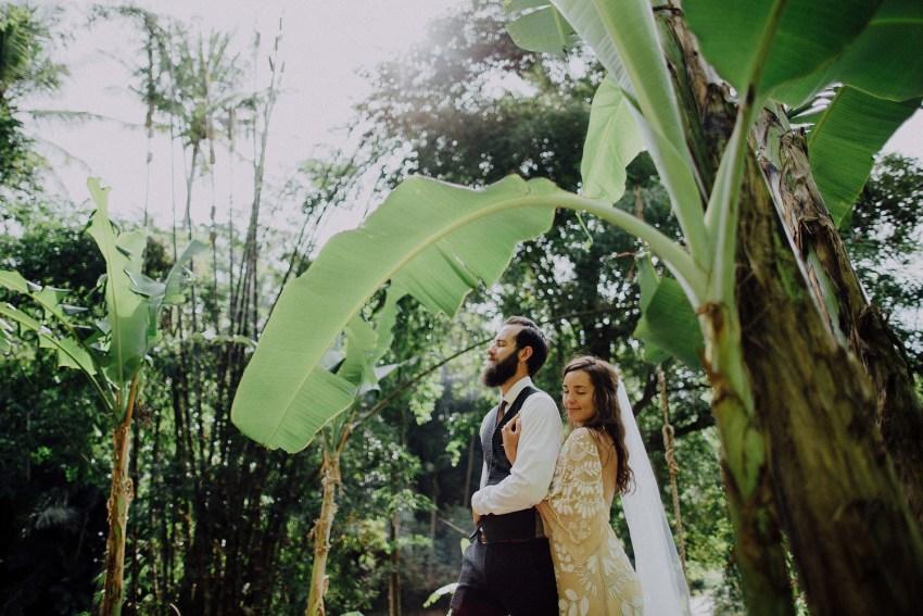 baliweddingphotographers-bambuindahresortubud-weddinginbali-weddingphotography-pandeheryana-bestweddingphotography-lombokweddingphoto-lembonganwedding-topweddingphotographersinbali-61