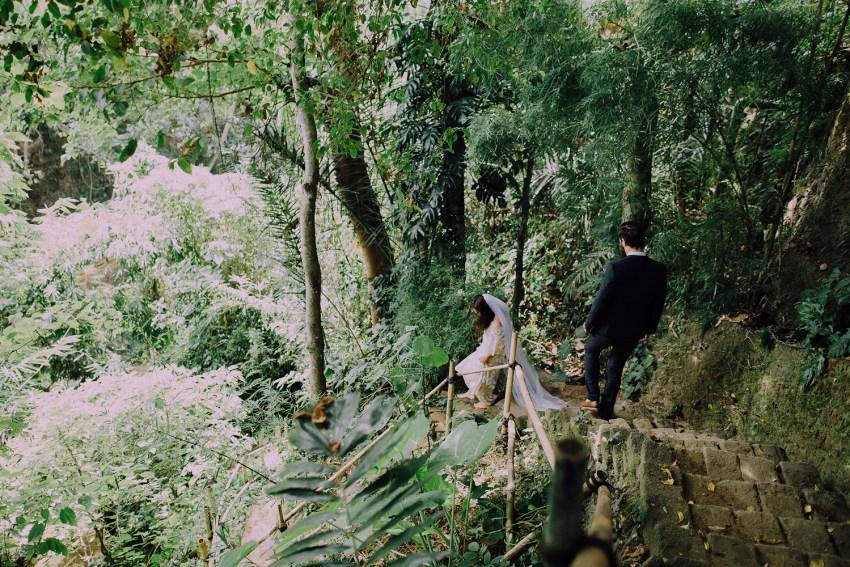baliweddingphotographers-bambuindahresortubud-weddinginbali-weddingphotography-pandeheryana-bestweddingphotography-lombokweddingphoto-lembonganwedding-topweddingphotographersinbali-8