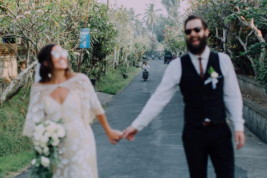 baliweddingphotographers-bambuindahresortubud-weddinginbali-weddingphotography-pandeheryana-bestweddingphotography-lombokweddingphoto-lembonganwedding-topweddingphotographersinbali-88