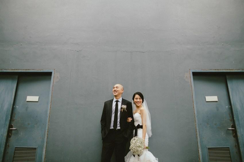 lemeridienwedding-charlotteandleonardwedding-baliweddingphotographers-lombokweddingphotos-baliphotographers-beachwedding-pandeheryana-bestweddingphotoinbali-1
