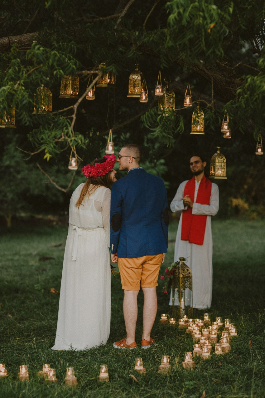 baliweddingphotographers-weddinginkarangasembukitasah-engagementphotography-elopmentweddinginbali-pandeheryana-lombokweddingphotographers-lembonganwedding-apelphotography-55