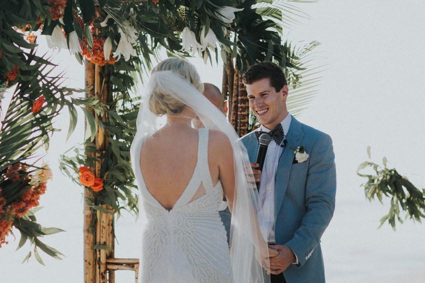 villaatasombakwedding-baliweddingphotography-pandeheryana-apelphotography-bestweddingphotographersinbali-46