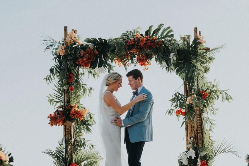 villaatasombakwedding-baliweddingphotography-pandeheryana-apelphotography-bestweddingphotographersinbali-5_