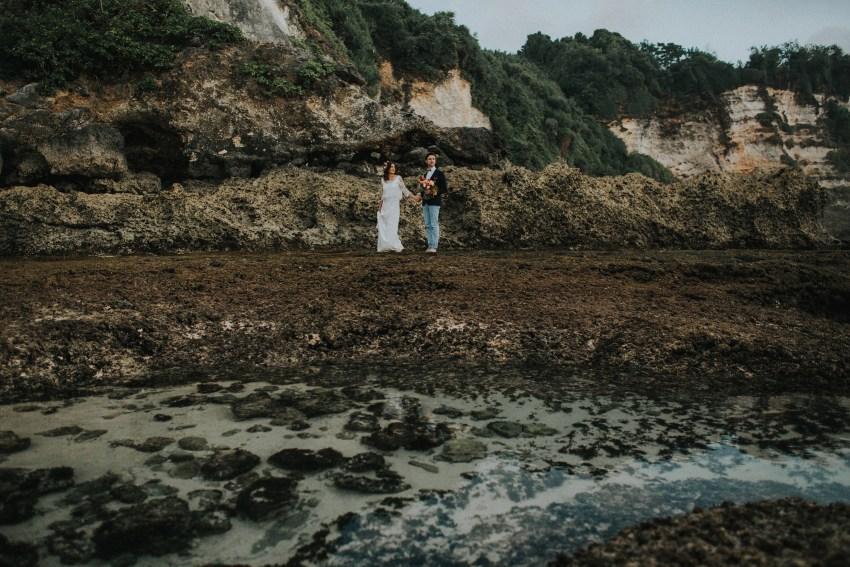 baliweddingphotography-uluwatusurfvillawedding-lombokweddingphotographers-baliphotographers-pandeheryana-bestphotographersinbali-74