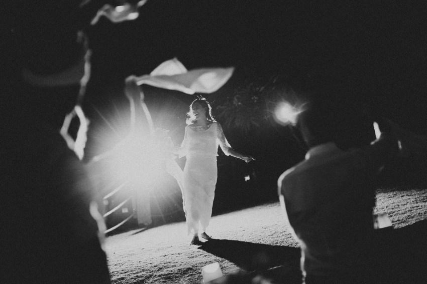 baliweddingphotography-uluwatusurfvillawedding-lombokweddingphotographers-baliphotographers-pandeheryana-bestphotographersinbali-84