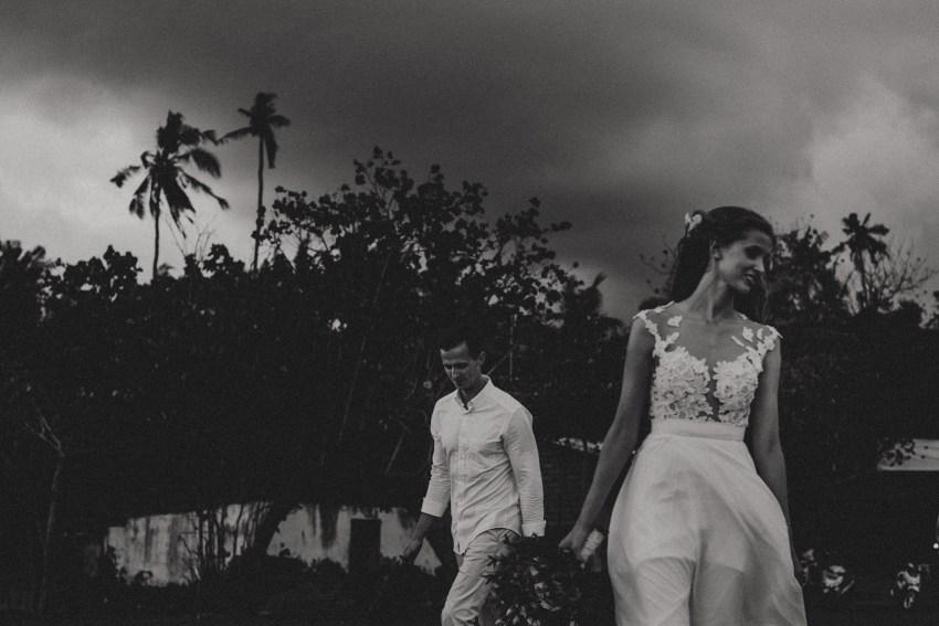 bukitasahwedding-candidasawedding-baliweddingphotography-baliphotographers-bestweddingphotographersinbalilombok-lombokweddingphotography-apelphotography-69
