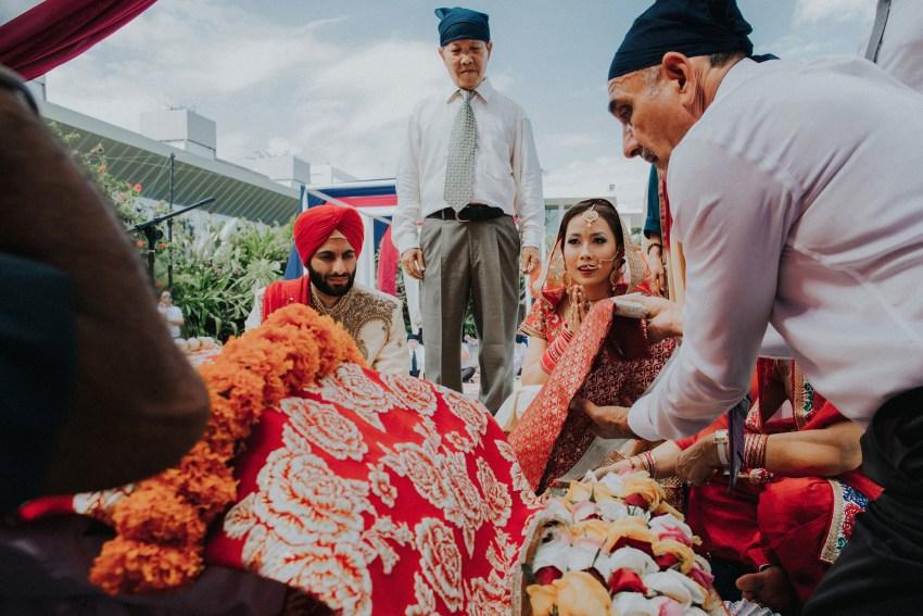 apelphotography-baliweddingphotography-baliphotographers-indianwedding-phalosawedding-lombokweddingphotographers-32