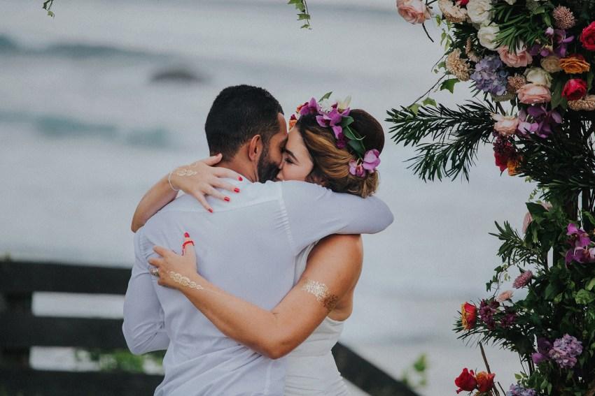 apelphotography-baliweddingphotography-lombokwedding-lembonganwedding-uouwatusurfvillawedding-bestweddingphotographersinbali_10