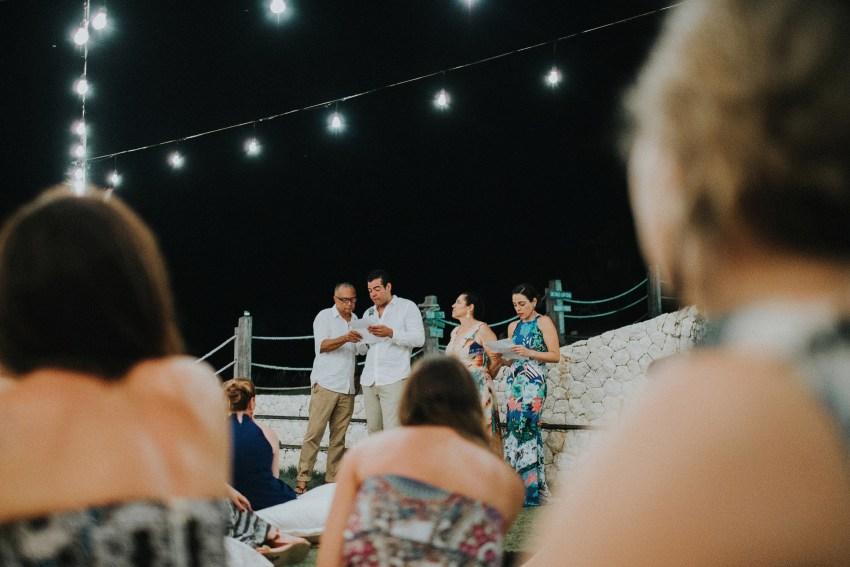 apelphotography-baliweddingphotography-lombokwedding-lembonganwedding-uouwatusurfvillawedding-bestweddingphotographersinbali_113