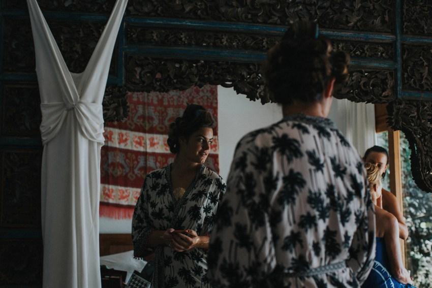 apelphotography-baliweddingphotography-lombokwedding-lembonganwedding-uouwatusurfvillawedding-bestweddingphotographersinbali_36