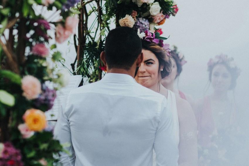 apelphotography-baliweddingphotography-lombokwedding-lembonganwedding-uouwatusurfvillawedding-bestweddingphotographersinbali_84