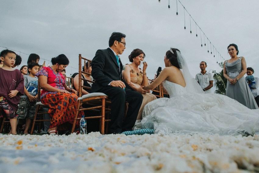 apelphotography-baliweddingphotography-phalosavillawedding-pandeheryana-bestphotographersinbali-weddingphotographersbali-126