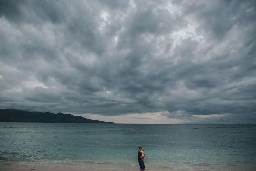 apelphotography-baliweddingphotographers-lombokweddingphotographers-sirabeachhousewedding-villasepoisepoi-lembonganwedding-1
