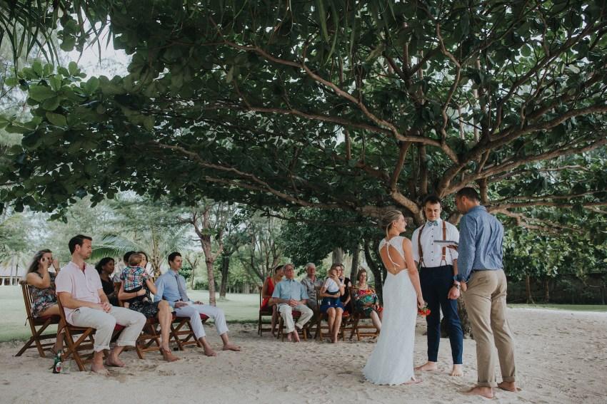 apelphotography-baliweddingphotographers-lombokweddingphotographers-sirabeachhousewedding-villasepoisepoi-lembonganwedding-55
