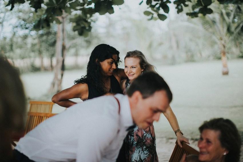 apelphotography-baliweddingphotographers-lombokweddingphotographers-sirabeachhousewedding-villasepoisepoi-lembonganwedding-69