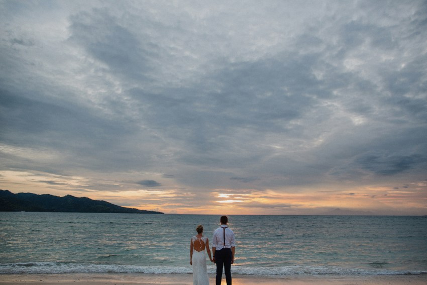 apelphotography-baliweddingphotographers-lombokweddingphotographers-sirabeachhousewedding-villasepoisepoi-lembonganwedding-83