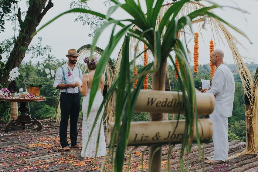 bambuindahresortubudwedding-baliweddingphotographers-apelphotography-0_