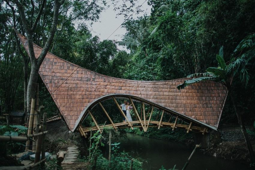 pande-bambuindahresortubudwedding-baliweddingphotographers-apelphotography-78